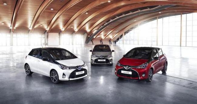Çift Renkli Toyota Yaris