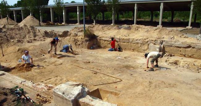 Almanya'da 100 yıllık caminin kalıntıları bulundu