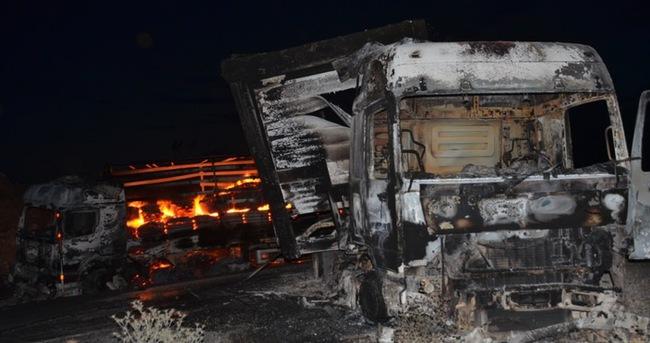PKK 5 TIR'ları ateşe verdi!