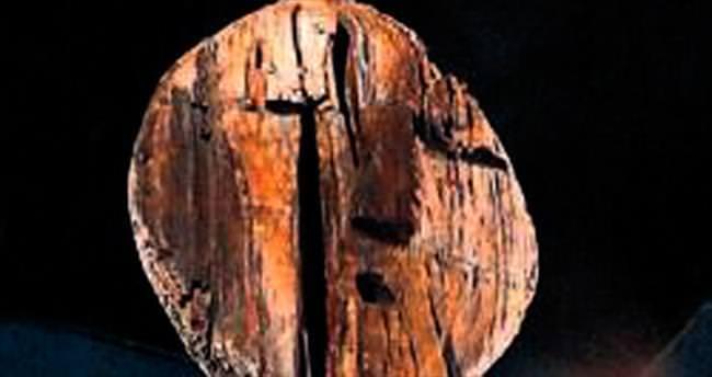 11 bin yıllık ahşap heykel bulundu
