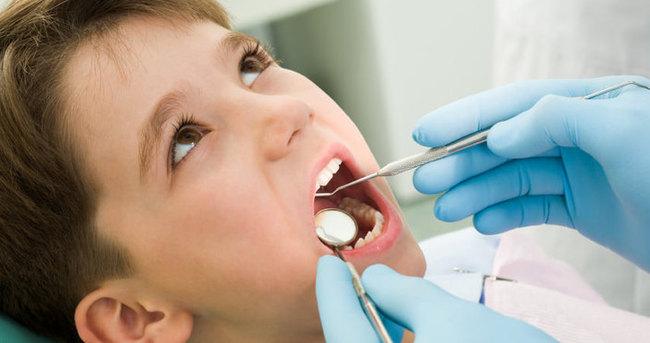 Çocuklarda diş çürümesini hafife almayın