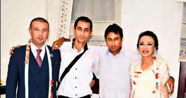AK Parti'de düğün coşkusu yaşandı