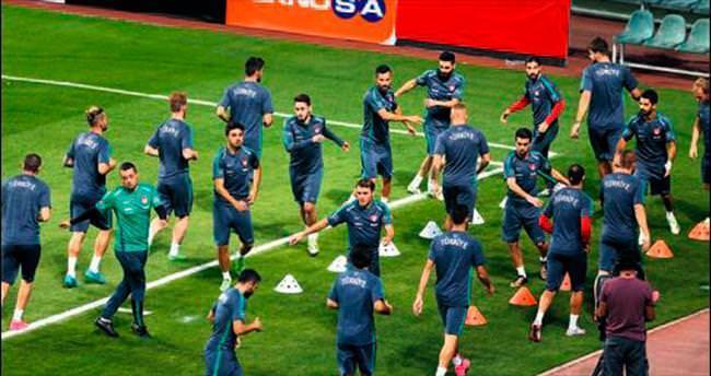 SABAH Spor yazarlarından milli maç yorumu