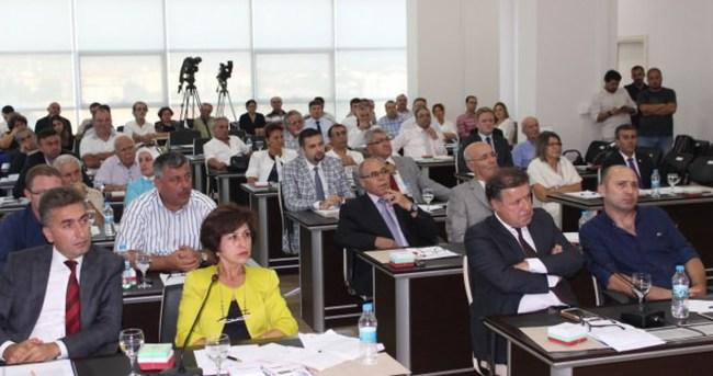 CHP'li belediyenin yardımları PKK'ya gidiyor tartışması