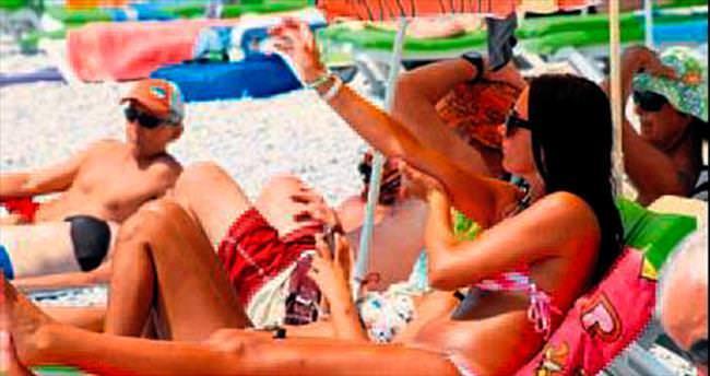 Ölüdeniz plajları Eylül'de de canlı
