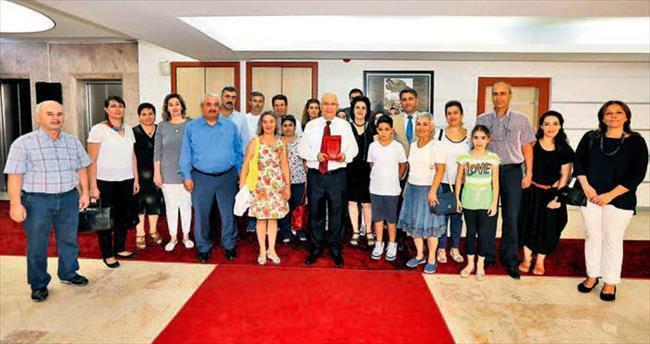 Okullara desteği için Yaşar'a teşekkür ettiler