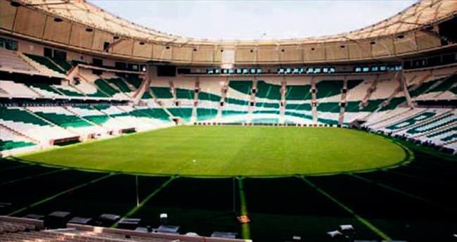 Timsah Arena'da F.Bahçe marşı!