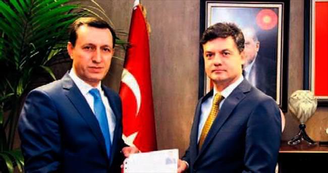 AK Parti Ankara meydana iniyor