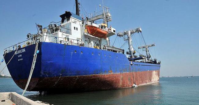 Polis dev gemide hırsız aradı!