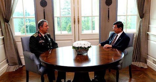 Başbakan Davutoğlu Orgeneral Akar'ı kabul etti
