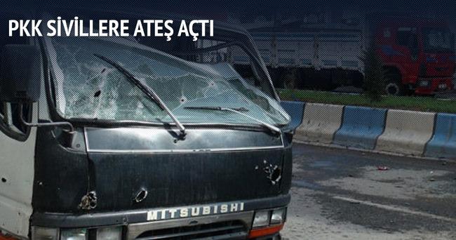 Teröristler sivil araçlara ateş açtı