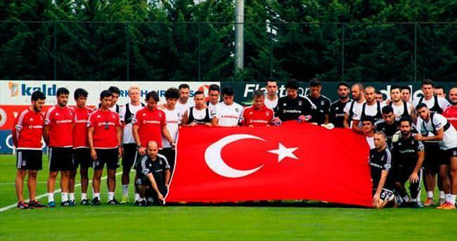 Hepimiz Mehmetçiğiz