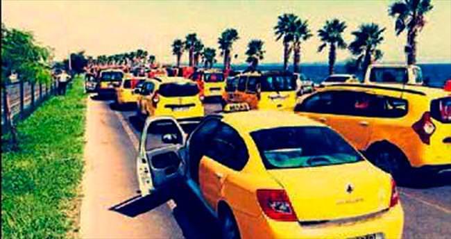 Terör olaylarına karşı Antalya'dan 'sarı' tepki geldi