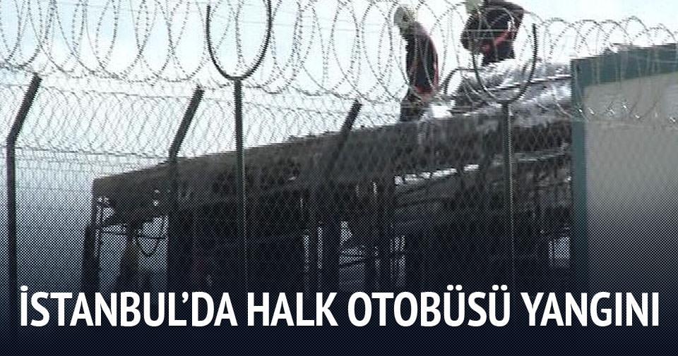İstanbul'da iki halk otobüsü yandı