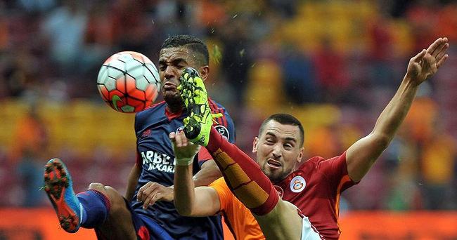 Galatasaray'a Mersin darbesi