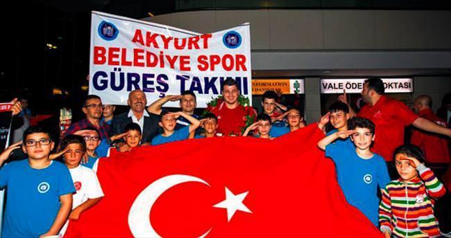 Altın çocuk Ankara'da