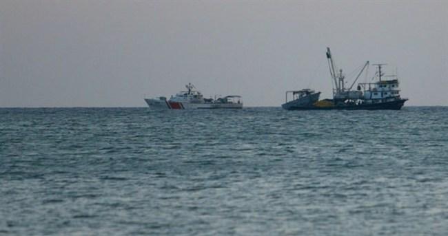 Ege'de tekne battı: 3 ölü
