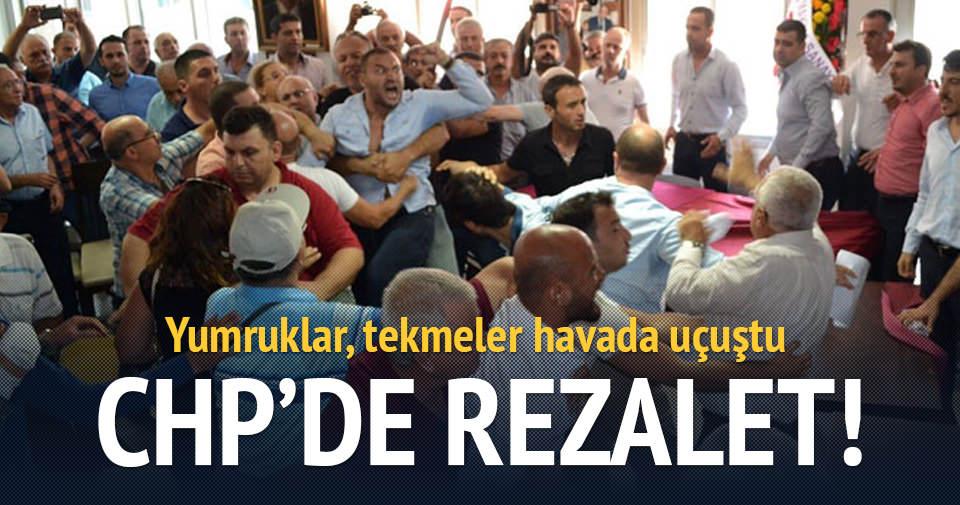 CHP'de kavga rezaleti!