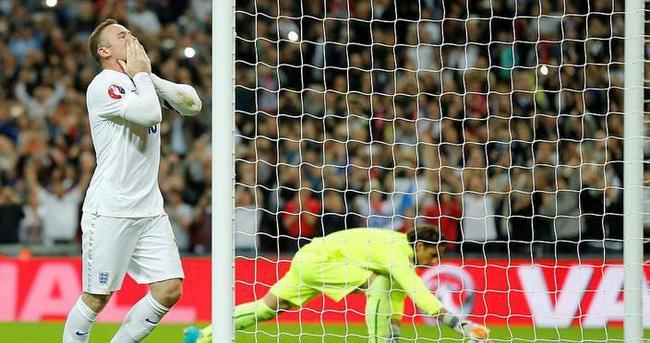 Rooney PSV Eindhoven maçında yok