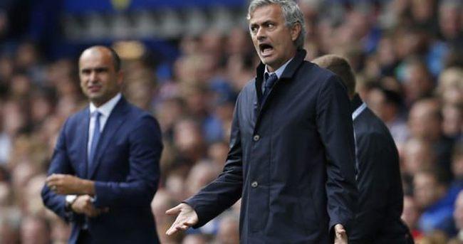 Mourinho ile Martinez maç sonu kapıştı