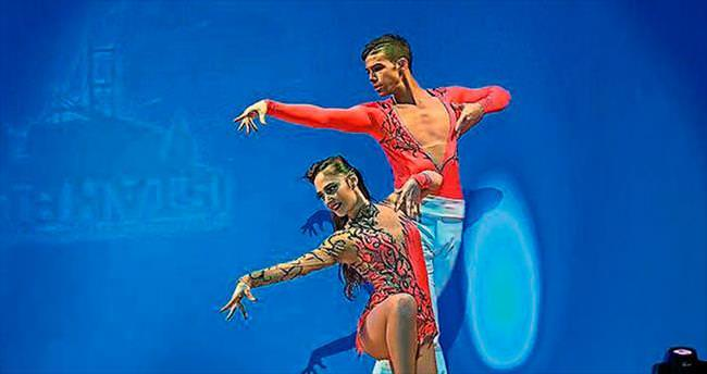 Antalya'da dans fırtınası
