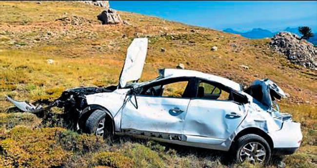 Gazeteciler kazada yaralandı