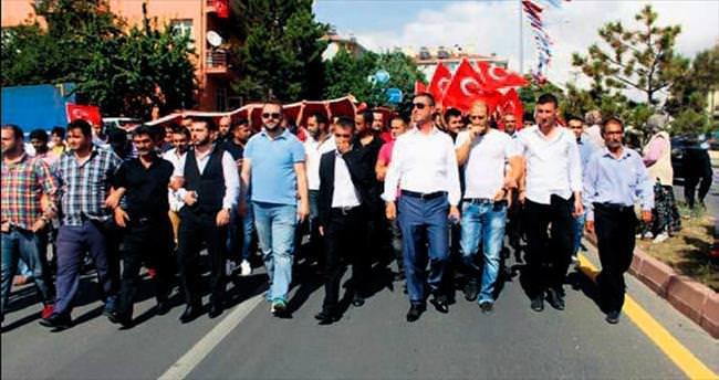 Türk ve Kürt birlikte yürüdü