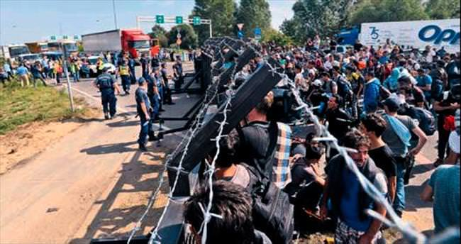 Macaristan sınırında olağanüstü hal ilanı