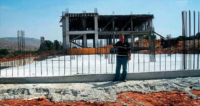 Kılıçdaroğlu temel attı, inşaat durdu