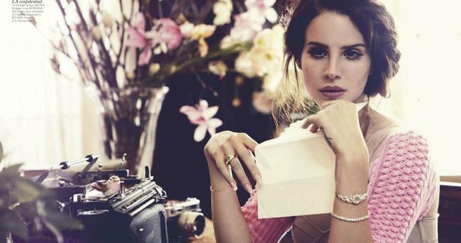 Lana Del Rey'in yeni albümü internete sızdırıldı