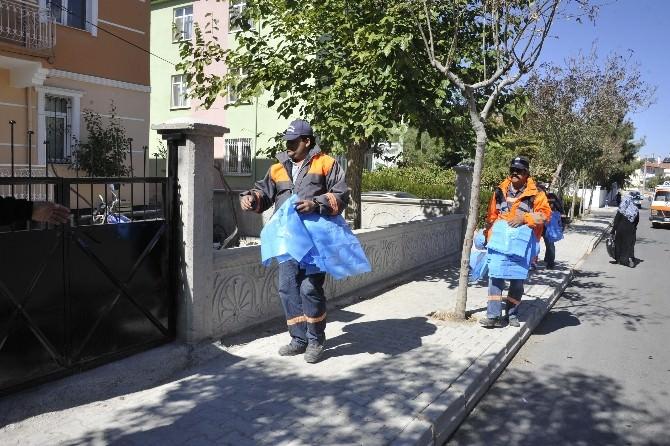 Karaman'da Vatandaşlara 90 Bin Kurban Poşeti Dağıtıldı