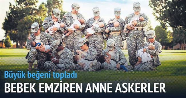 Bebeğini emziren anne askerler