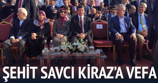 Savcı Kiraz'ın ailesi Davutoğlu'nun yanında