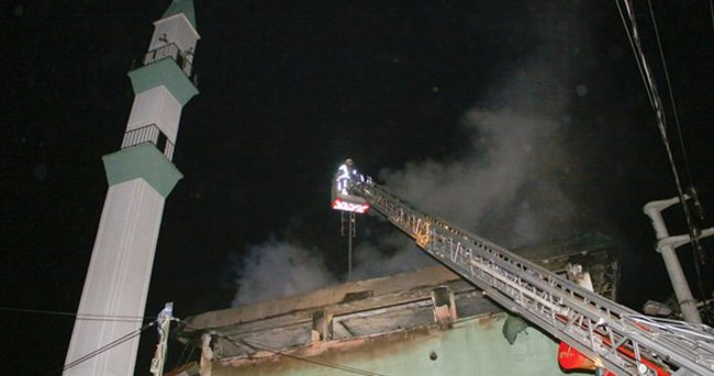 Çatalca'da cami yangını