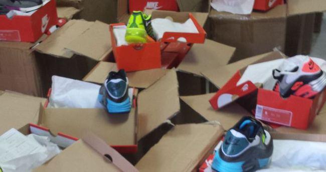700 bin lira değerinde spor ayakkabı yakalandı!