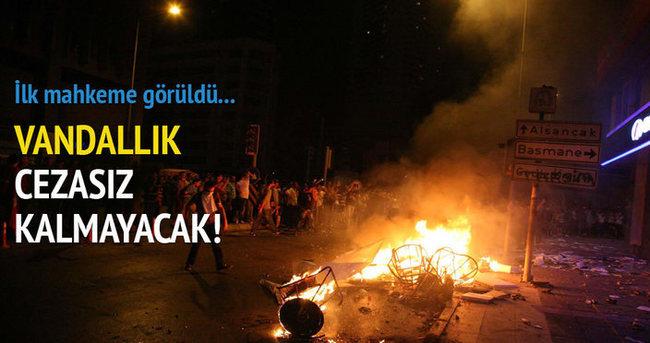 İzmir'de Gezi Parkı davasının ilk mahkemesi görüldü!