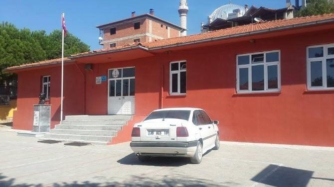 Demirci'ye Büyükşehir Eli Değdi