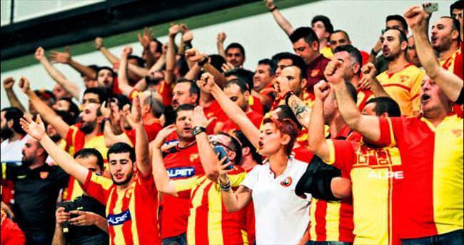 Göz-Göz ilk kez İzmir'de