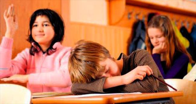 'Ergenler 11.00 öncesi okula başlamamalı'