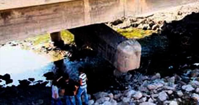 Mardin Nusaybin'de köprüye saldırdılar