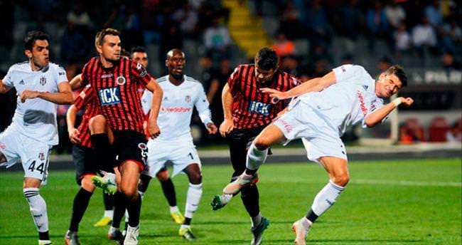 Beşiktaş 2 attı 1 aldı