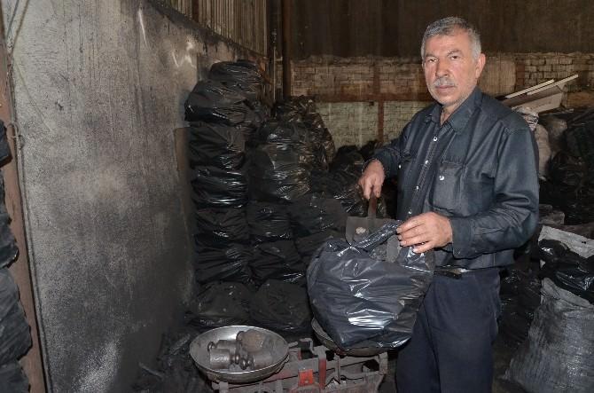 Eskişehirli Bayram Öncesi Mangal Kömürüne Rağbet Göstermedi