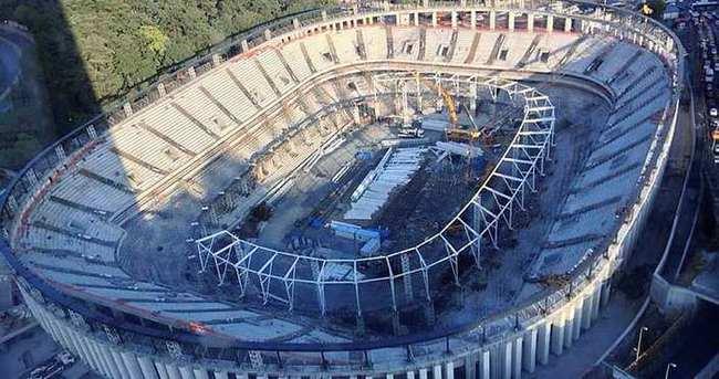 Vodafone Arena'da çatı iskeleti tamamlandı