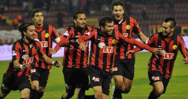 Eskişehirspor Ziraat Türkiye Kupası'nda bir üst turda