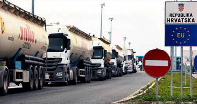 Sırplar'dan Hırvat mallarına yasak