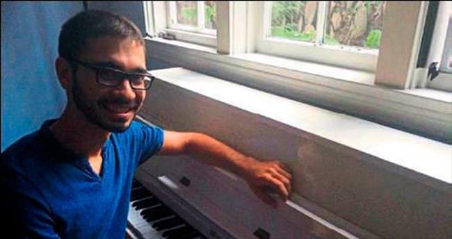 Hollywood filmlerinde Mersinli piyanist imzası