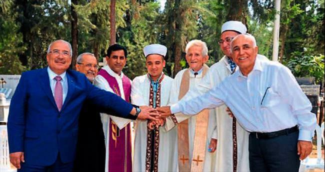 Din adamları Kurban Bayramı'nda buluştu