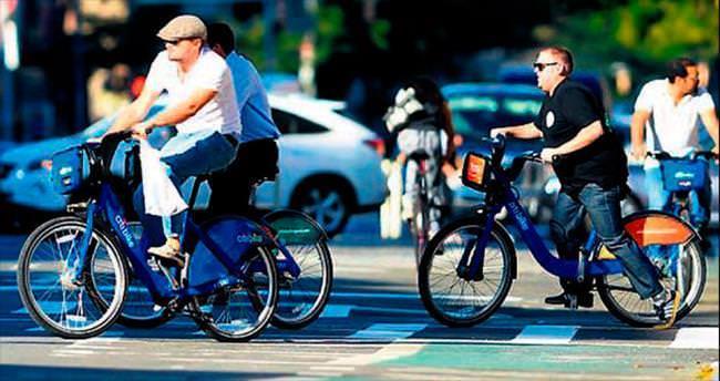 Bisiklete binmeyi tercih etti