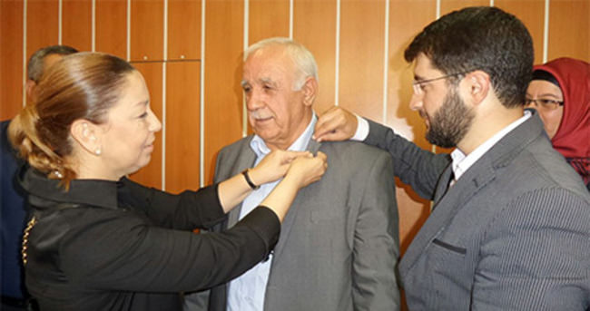 MHP'li Belediye Meclis Üyesi AK Parti'ye Geçti