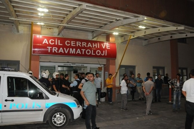 Polisi Yaralayan Terörist, Yaralı Yakalandı
